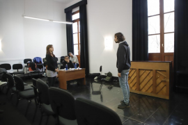 Villaronga busca en el Principal al reparto de su obra 'Clitemnestra'
