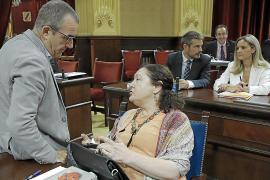 La polémica de los pluses une al PP, Vox, Podemos y PSIB frente a Més