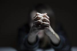 Denuncia a su hijo de 14 años por malos tratos continuados