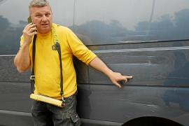 «Ofrezco 1.000 euros para el que me diga quién destrozó mis coches en Lloseta»