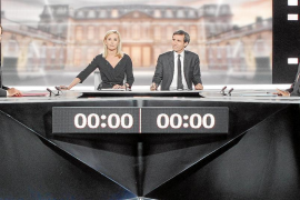 Sarkozy vuelve a atacar a España en el cara a cara con Hollande