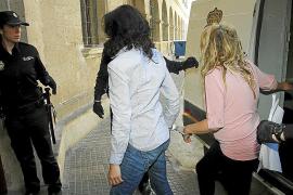 Detenida una mujer en Palma que rajó la cara a su marido porque le negó un beso