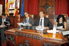 El Ajuntament aprueba destinar casi tres millones de euros a servicios sociales