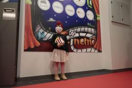 Son Espases inaugura una sala de cine para los niños ingresados