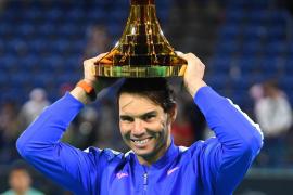 Rafael Nadal conquista el torneo de exhibición de Abu Dabi