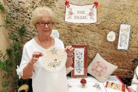 'Neules', tradición mallorquina en tela y papel