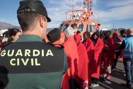 Rescatados más de 150 inmigrantes al intentar llegar a las costas españolas