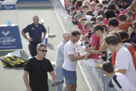 Rafael Nadal causa furor en su Academia de Manacor