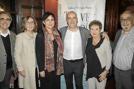 El diplomático Jaume Segura presenta 'Tal vez, un día', su primera novela