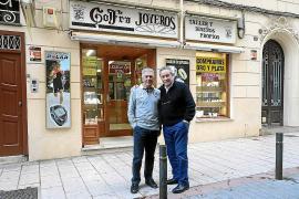Cierra la joyería Gofra de Palma