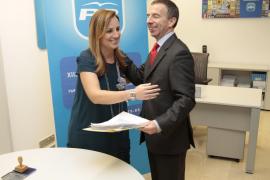 El PP admite un «error estético» en la contratación de la pareja de Delgado
