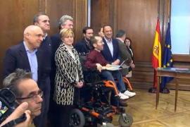 El veto a periodistas de Sánchez e Iglesias, muy criticado