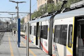 La electrificación del tren propicia el aumento de pasajeros a sa Pobla y Manacor