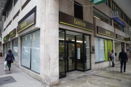 Bankia recortará el horario para atender a los clientes en caja a partir de enero