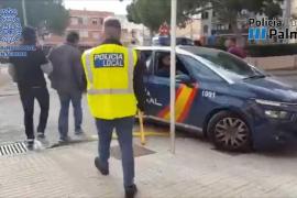 Detienen a un hombre por vender móviles robados