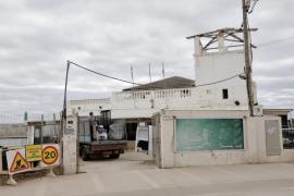 El restaurante del Club Marítimo Molinar Levante cierra sus puertas
