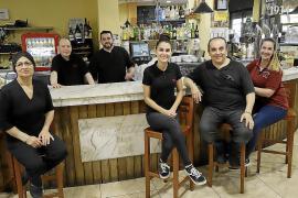 Bar Venecia, 85 años de un «bar de pueblo» en Palma