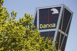 Economía anuncia que el Estado se hará con el 100% de la matriz de Bankia
