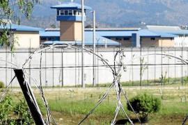 Intentan apuñalar a un interno de la prisión de Palma con un 'pincho' de más de 20 centímetros
