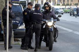 Arrestados dos menas por una oleada de robos en coches en Palma