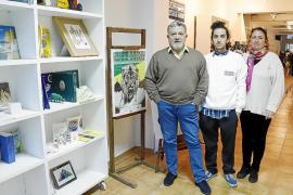 La red de librerías de Palma crece con Finis Africae