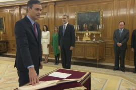 Sánchez promete su cargo como presidente del Gobierno