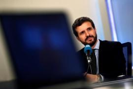Casado cree que no se habría tolerado que la mujer de Aznar o Rajoy fueran ministras como Montero