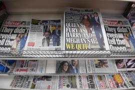 La 'espantada' de Meghan y Harry golpea a la monarquía y divide al Reino Unido