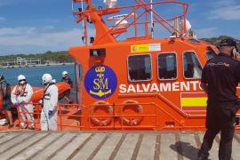 Interceptada la patera con 18 personas localizada en Cabrera