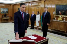 Los nuevos ministros del Ejecutivo de Sánchez jurarán su cargo este lunes
