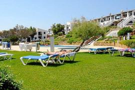 El Govern aprueba una ley de turismo hecha al gusto del sector hotelero