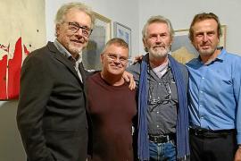 Concurrida exposición de obras de cuatro artistas residentes en la Isla