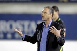 Caparrós confía en «la ilusión y las ganas» para vencer en el Bernabéu