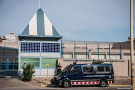 19 migrantes interceptados en Cabrera serán enviados al CIE de Barcelona