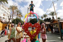 El arranque de las fiestas de Sant Antoni, en imágenes (Fotos: Arguiñe Escandón).