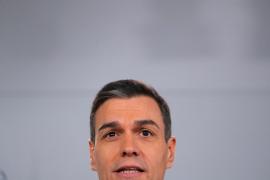 Sánchez presenta un gobierno «plural, de varias voces y una misma palabra»