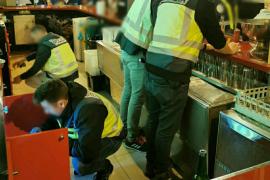 Detenidas seis personas por tráfico de drogas tras 9 inspecciones en bares de Palma durante las Fiestas de Navidad
