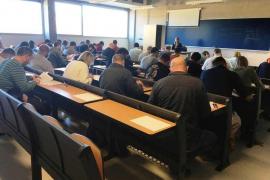 559 personas se examinan para el nuevo bolsín de chóferes de la EMT