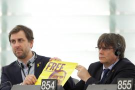 Carles Puigdemont y Toni Comin