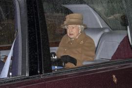 Isabel II anuncia un «periodo de transición» para Harry y Meghan