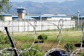 Condenado a seis meses de cárcel un preso que dejó cojo a otro en Palma