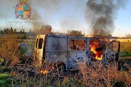 Juicio por robar una furgoneta y quemarla en el poblado de Son Banya