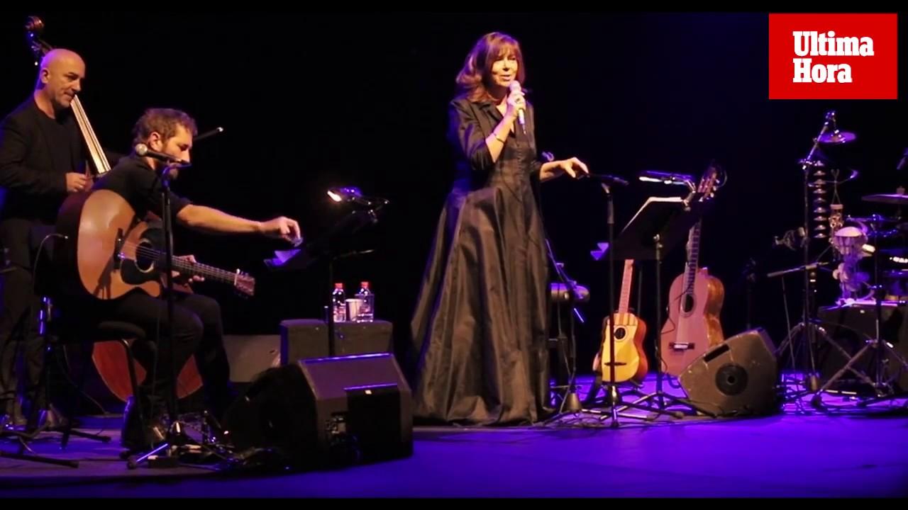 Maria del Mar Bonet celebra 50 años de música en un Auditòrium abarrotado