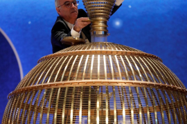 La Audiencia Nacional investigará qué pasó con la bola del sorteo de Navidad