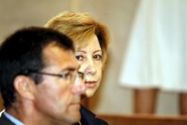Almiñana denuncia presiones de miembros de UM tras colaborar con el partido
