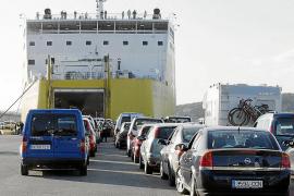 El Govern propondrá que el descuento de residente también se aplique a los coches