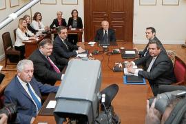 Grecia vuelve a convocar elecciones y eleva la tensión en la Unión Europea