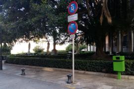 Los vecinos de la Seu exigen a Cort que elimine la parada del taxi-tour