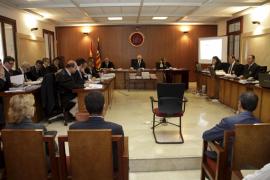 Un periodista dice que simulaba las transmisiones en vivo pagadas por el Consell