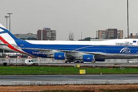 Una veintena de aviones cargueros abastecieron Baleares durante el temporal